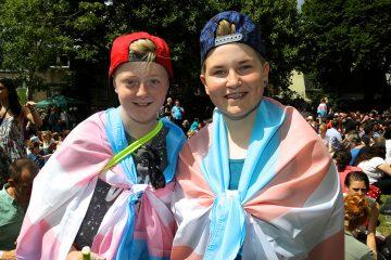Αυτό θα κάνει το Ηνωμένο Βασίλειο τη μοναδική χώρα που θα αναγνωρίζει τα τρανς άτομα νομίμως από την ηλικία των 16.
