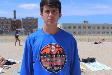 Γνωρίστε τον τρανς έφηβο που βοήθησε στην ένταξη ΛΟΑΤΚΙ θεμάτων στα σχολεία της Νέας Υόρκης