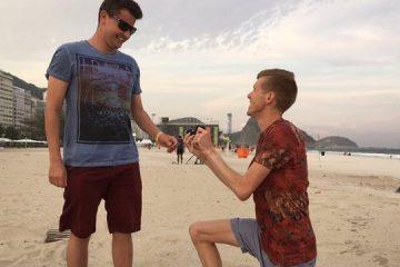 Ολυμπιονίκης κάνει πρόταση γάμου γονατιστός μπροστά στον άνδρα της ζωής του