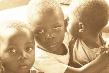 Στηρίξτε οικονομικά ορφανοτροφείο για LGBT παιδιά και εφήβους στην Ζιμπάμπουε.