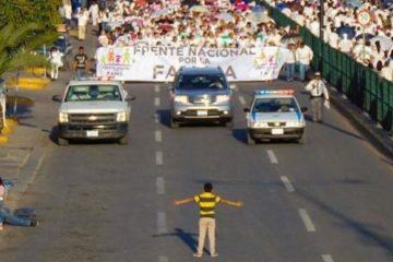 Το αγόρι που «σταμάτησε» 11.000 διαδηλωτές ενάντια στους gay
