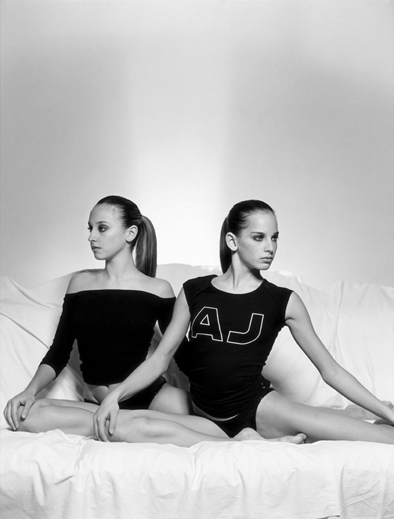 Η φωτογραφία των Κλέλια και Άννυ Πανταζή.