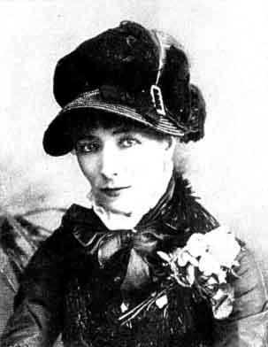 Η Σάρα Μπερνάρ τον Ιούνιο του 1877, κατά τη διάρκεια επίσκεψής της στη Βοστώνη