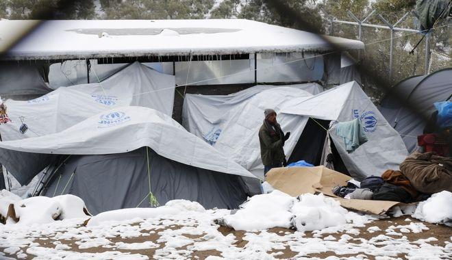 Μόρια: Πρόσφυγες στο έλεος του χιονιά
