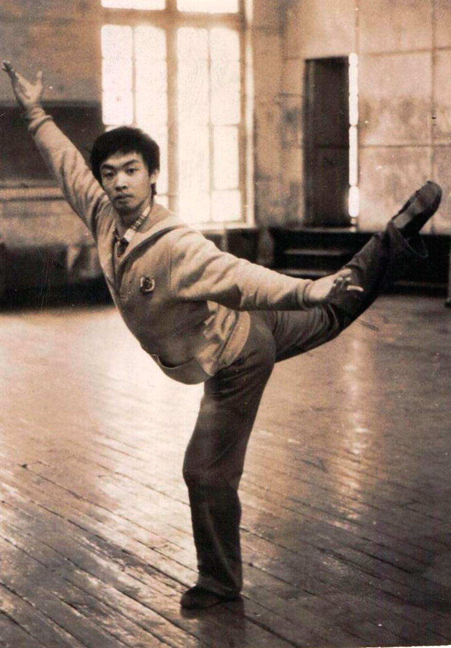Pre-transition Jin was a professional dancer in New York in the early '90s.