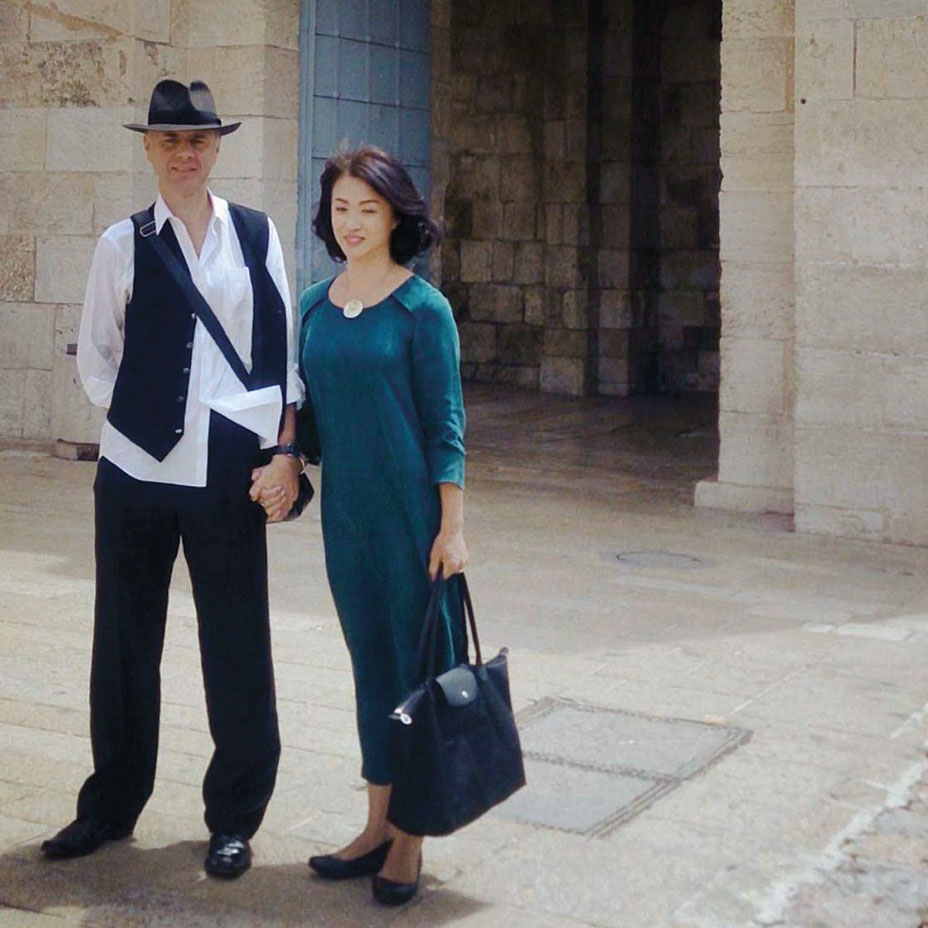Jin Xing with her husband, Heinz-Gerd Oidtmann.